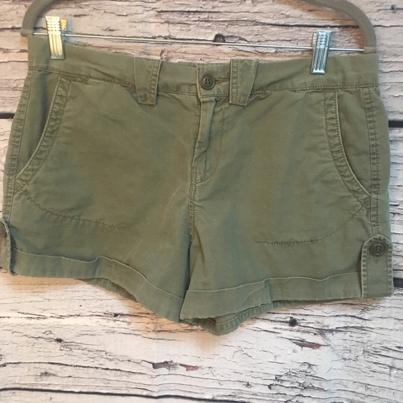 Lucky Brand Short Shorts. Olive Green. Size: 6